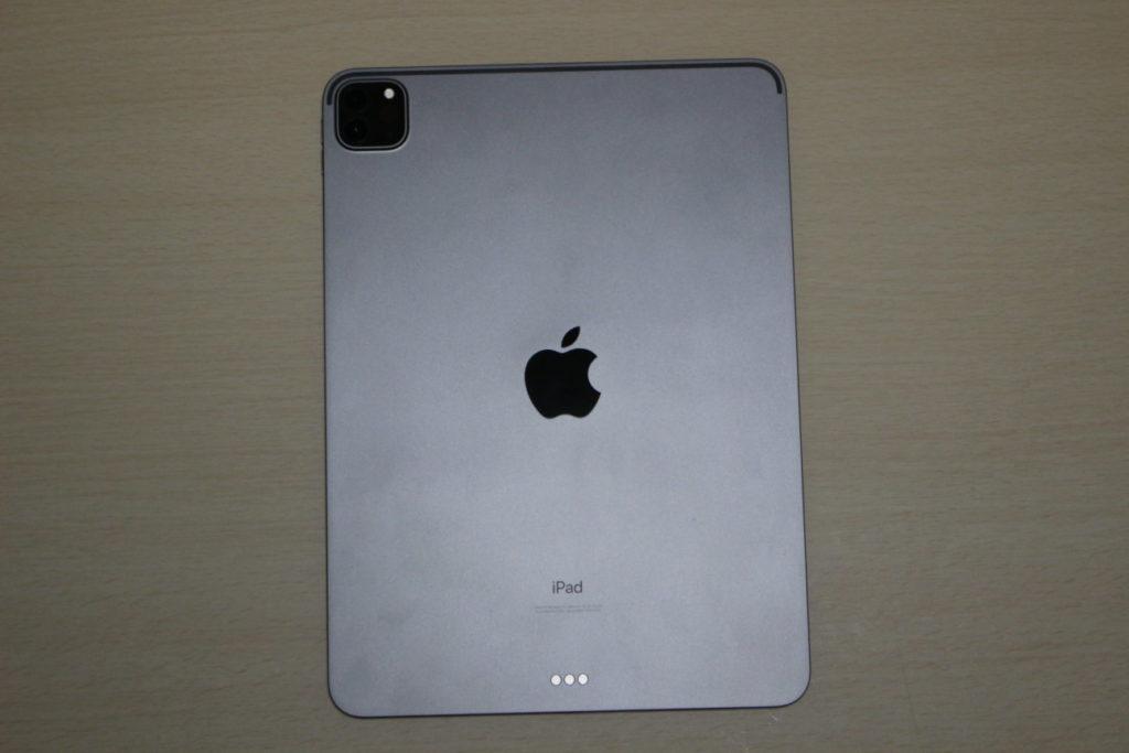 iPad Pro (2020)の本体背面