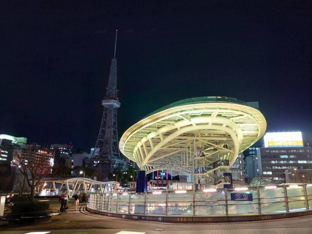 Xperia1で撮ったオアシス21の写真(夜間)