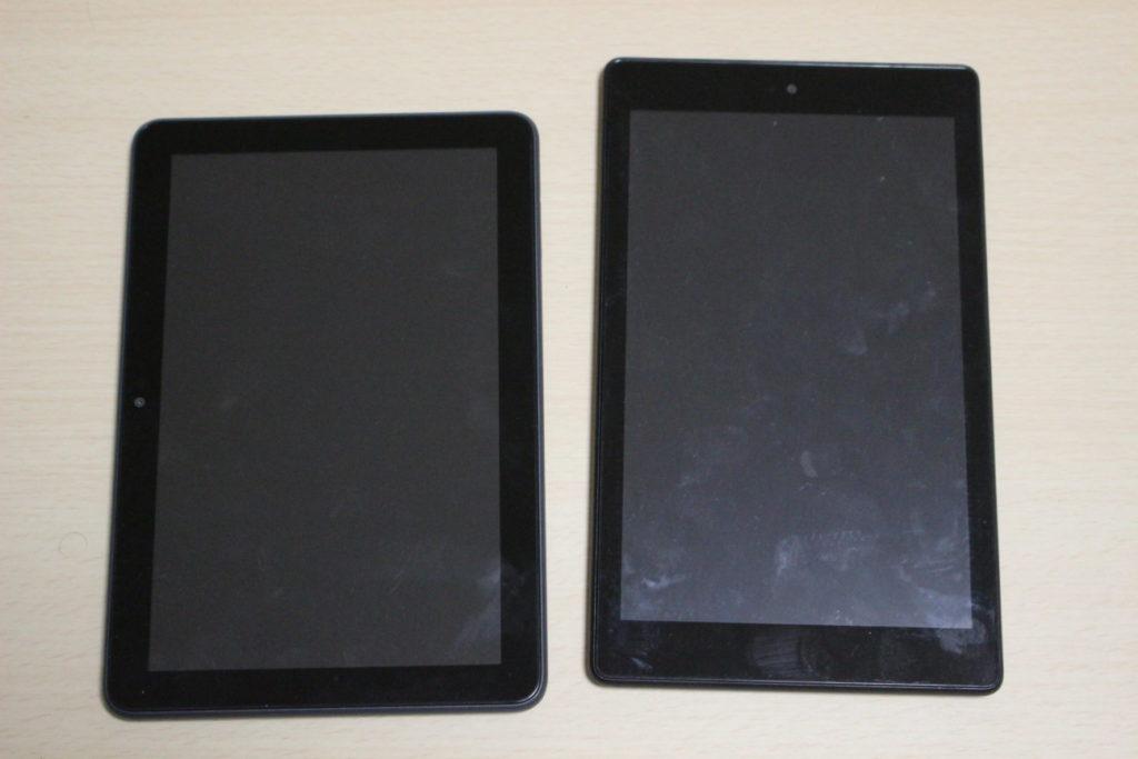 FireHD8Plus(第10世代)とFireHD8(第8世代)の比較(正面)