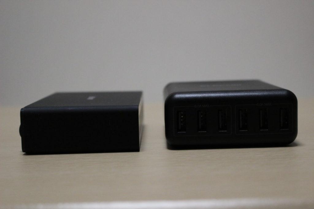 Anker PowerPort 10とエレコムの6ポートUSB充電器