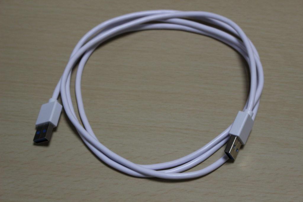 USBハブ「ORICO 4PORTS CLIP HUB」のケーブル