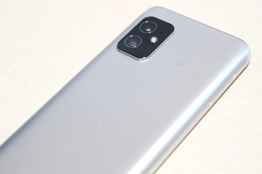「Zenfone 8」のFelicaマーク