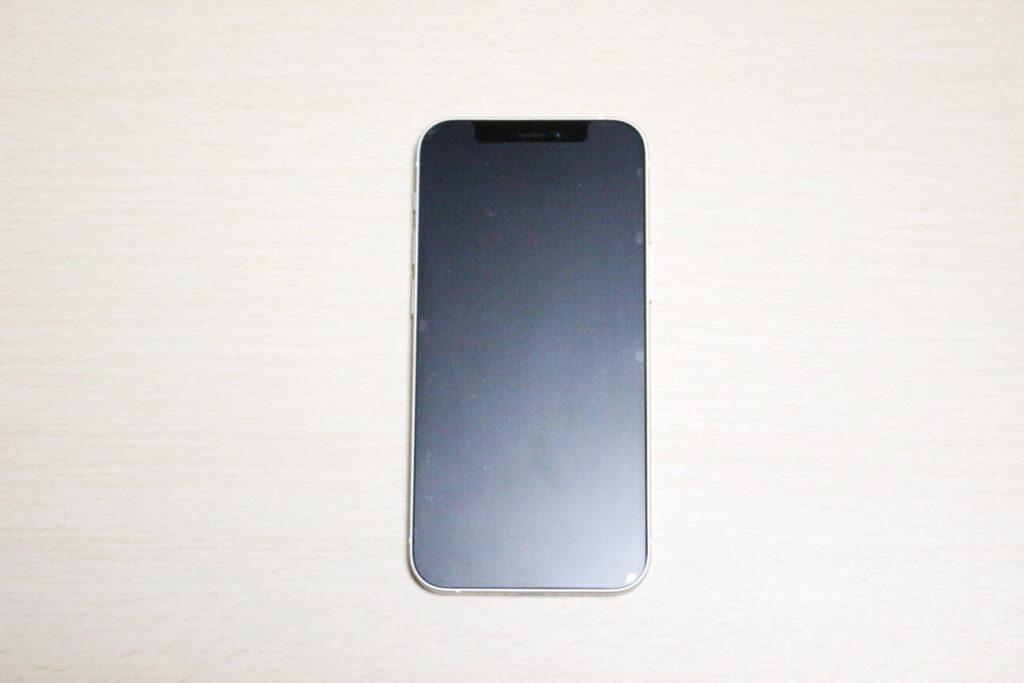 「iPhone12mini」の表面